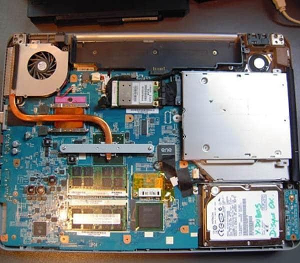 تعویض باتری مادربرد لپ تاپ سونی