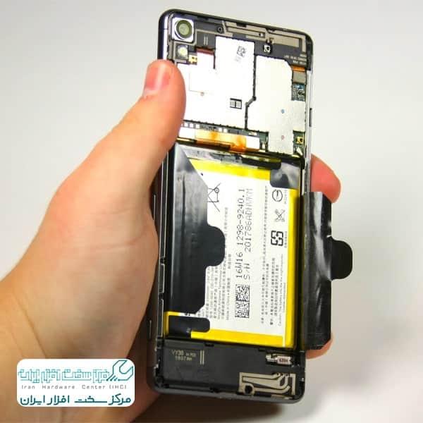 آموزش تعویض باتری موبایل سونی اکسپریا XA